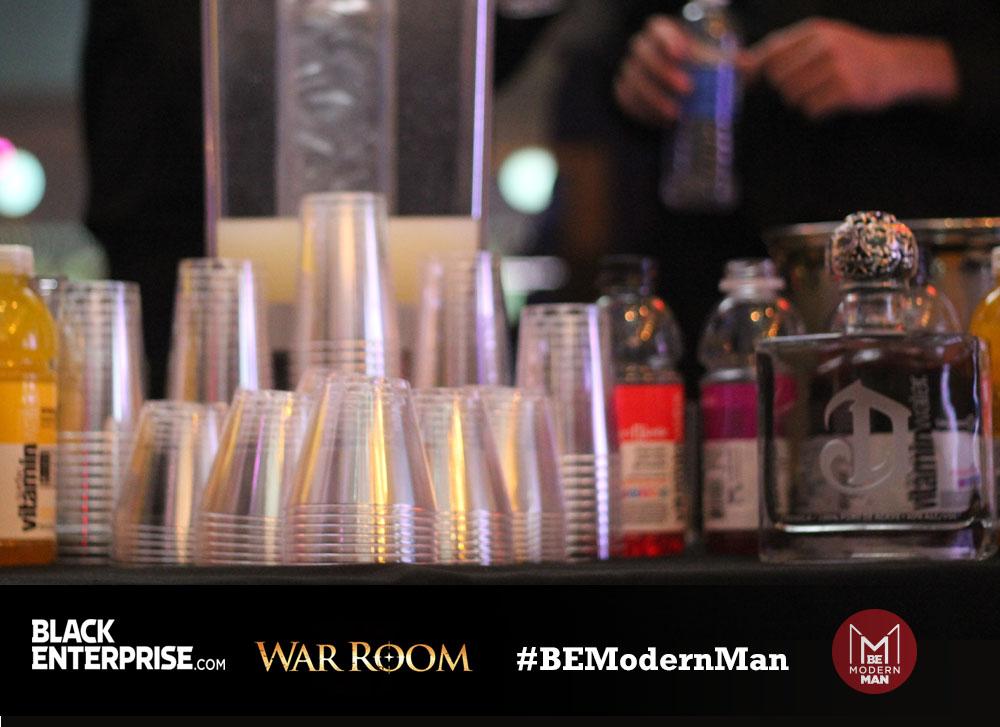 BE Modern Man Reception Bar