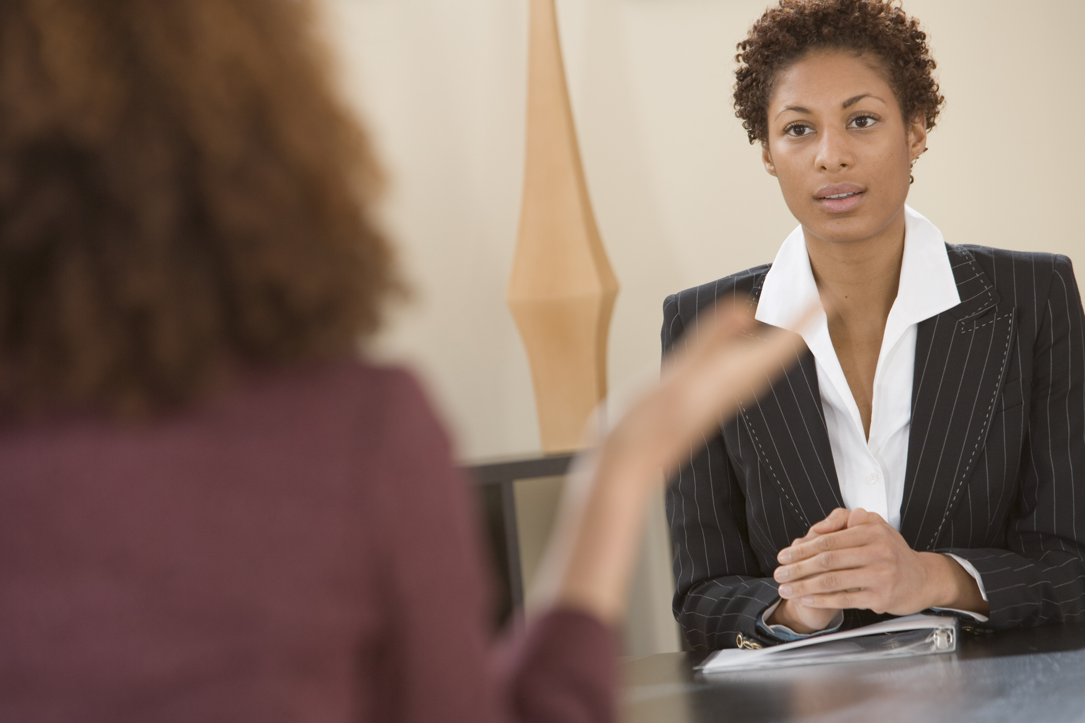 get hired   10 reasons your job resume is being ignored