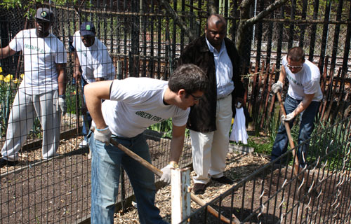 Participants helped to plant vegetables on a site once considered too dangerous and garbage-ridden to patronize. Volunteers were also introduced to  the opportunities of a clean-energy economy.  Click here for more BEing Green articles on African Americans, energy and the environment.