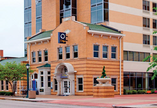 ACCOMMODATIONS: Moonrise Hotel (6177 Delmar in the Loop; 314-721-1111) is perfect for business and leisure travelers and has a rooftop terrace. Its Eclipse restaurant is rated one of the best in the city, and the hotel is centrally located in the Loop, St. Louis' charming shopping district.