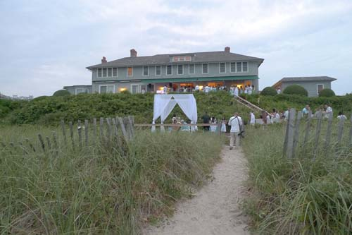 After the luncheon, it was time to mix and mingle at the Lewis estate in East Hampton, New York. The affair, themed Beach Glamour, was an oceanside benefit given by and for young professionals in their 20s and 30s. Belvedere, Pedestals Floral Decorators, and Kate's Paperie sponsored the event and the music was provided by DJ M.O.S. WCBS-TV News Reporter Hazel Sanchez served as emcee.