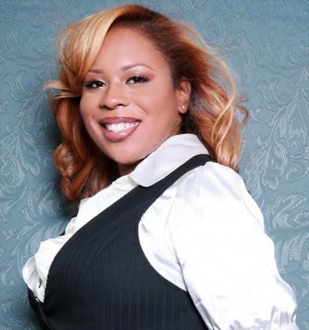 This week's Social Media Connection, Felicia Joy, is a nationally recognized author, entrepreneur and business expert in Atlanta. The host of the Ms. CEO Show, a talk radio show for women entrepreneurs, she is passionate about entrepreneurship as a tool for the creation of jobs, economic value and positive social change. In her own words, she shares how she uses social media to meet her goals.