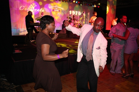 Zara Green and BlackEnterprise.com Editor-in-Chief Alfred Edmond Jr. get funky on the dance floor. (Photo by LaToya M. Smith)