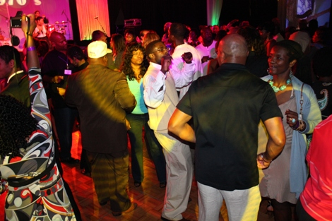 The music is hot and the dance floor is full. (Photo by LaToya M. Smith)