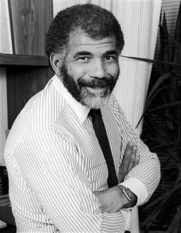 "It was always a treat to watch Ed Bradley work. Whenever the late, broadcast icon conducted one of his compelling interviews on 60 Minutes, I was glued to the tube. He found humanity in a story on a death-row inmate, provided depth to a celebrity profile and unraveled new layers when reporting on a world leader. His consistently professional, poised performance at the national level served as powerful motivation for young, ambitious Black journalists. His example continues to be a source of admiration and aspiration. 	To pay tribute to Bradley and other African American media trailblazers, I attended the National Association of Black Journalists Hall of Fame Gala last week . The black-tie affair brought out a bevy of prominent journalists and power players like political commentator Roland Martin (complete with his trademark ascot), NPR talk show host Michel Martin, MNSBC anchor Tamron Hall, D.C. Mayor Vincent Gray and White House Senior Advisor Valerie Jarrett, whose late father-in-law, legendary columnist Vernon Jarrett helped found NABJ 35 years ago. It was the first such event honoring achievements of African Americans to be held at the Newseum, the tech-driven center of journalistic history. 	Bradley was recognized with six others: broadcast pioneers Ray Taliaferro, Merri Dee and Jacqueline ""JC"" Hayward, as well as newspaper veteran Walterene ""Walt"" Swanston and award-winning political columnist Eugene Robinson. Beyond paying homage to their groundbreaking achievements, the event offered valuable life lessons from the honorees. —Derek T. Dingle"