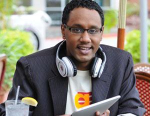 Black Blogger Month: Mario Armstrong, Multi-Media Master