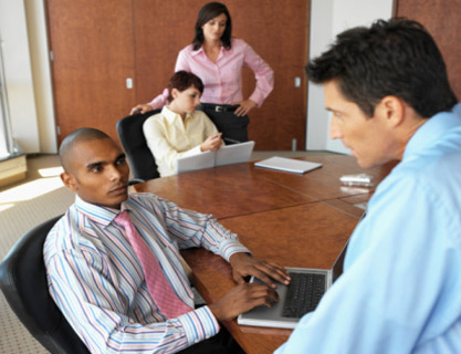 Popularity vs. Proficiency: How Managers Can Motivate Teams for Effective Leadership
