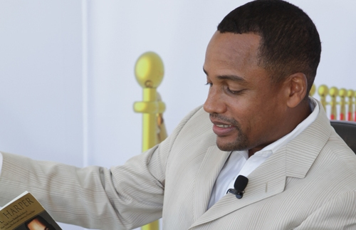 Actor and author Hill Harper reads from his best-selling book.