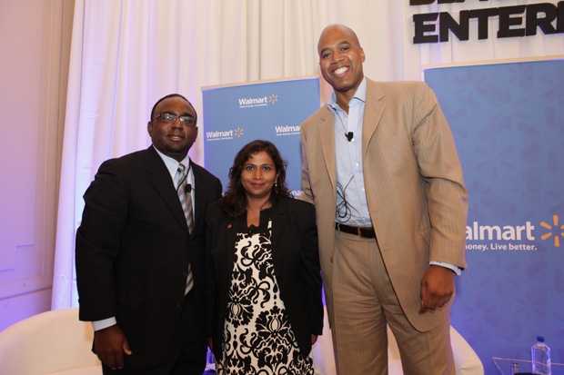 Deon Barber, president of Bartech Enterprise Staffing (l) and Ron Mitchell, founder & CEO of Career Core Inc. (r), participated in a panel on unemployment issues and the tight job market