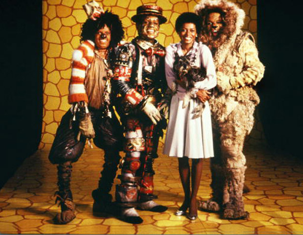 Michael Jackson and cast of The Wiz in costume