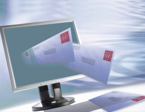 When Do You Check Your Email? New Report Says Most Do 'At All Times'