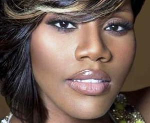 WATCH: Kelly Price on Reinventing, Gaining Confidence and Moving On