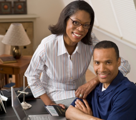 black-couple-home-office-450x400