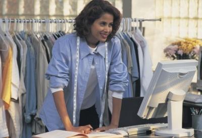 black-woman-entrepreneur-tailor-400x275.jpg
