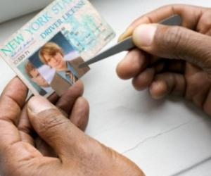 identity-theft-fake-ID-300x250.jpg