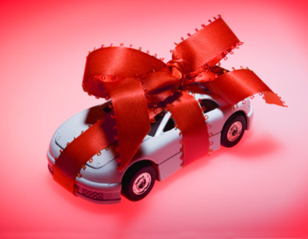 The holiday season is in full swing and no matter if you have a short or long list gift ideas are always a plus—especially when it comes to that special someone who's into cars. Whether you can tell a carburetor from a car gasket or not, BlackEnterprise.com has compiled a few automotive gift items for that car enthusiast in your life. From cutting edge gadgets and accessories to apparel choices, we've got 15 products that'll rev up your holiday shopping list. —Branden J. Peters