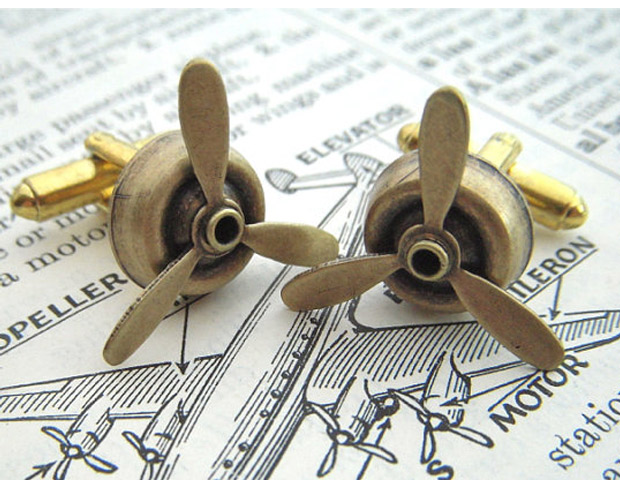 Antiqued Brass Spinning Steampunk Cufflinks Propellers, $15