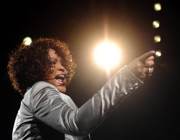 Whitney-Houston-spotlight-620x480