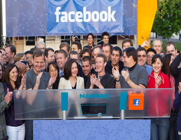 Facebook Prepares to Release Smartphone