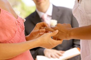 gay-marriage-374-250.jpg
