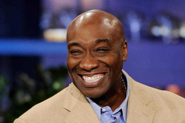Fans Pay Tribute to Michael Clarke Duncan at Public Viewing