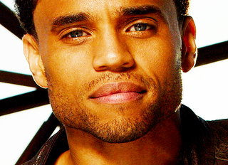 320x232-Michael-Ealy