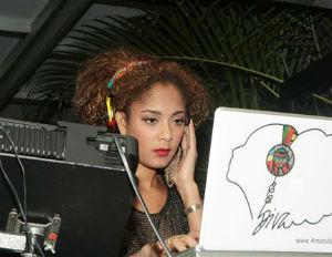 Amanda-Seales-DJing