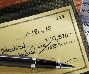 Small Businesses Slow to Adopt Direct Deposit, Still Using Checks