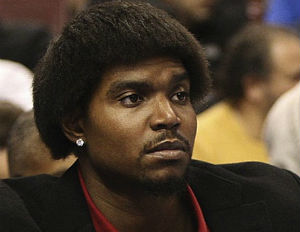 The Case of Andrew Bynum Vs. Racist Neighbors?