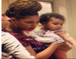 Beyonce, Jay-Z, Share Photos of Daughter Blue Ivy With Fans