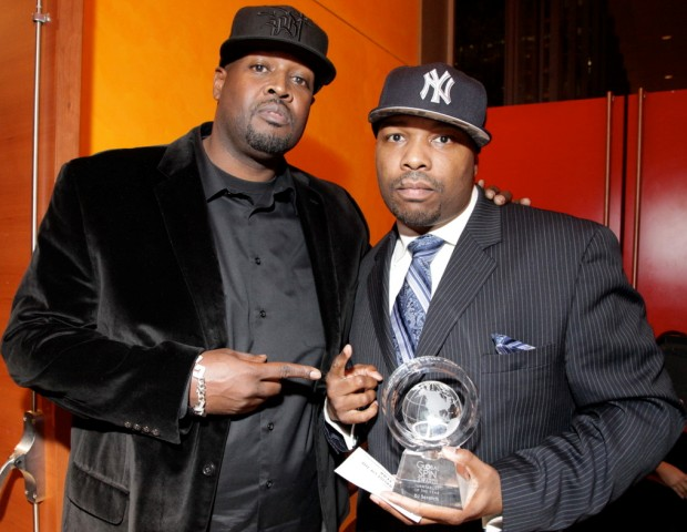 DJ Clark Kent congratulates DJ Scratch of EPMD (Turntablist DJ of the Year) on his Global Spin Award.