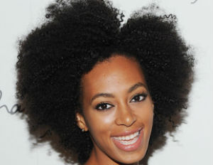 Solange+Knowles+Long+Hairstyles+Afro+oUeQ2-5hzqFl