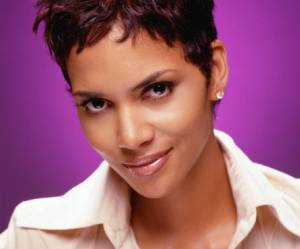 Halle Berry Seeks Restraining Order After Ex Fights with Fiancee