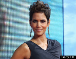 Halle Berry's Ex, Fiance Fight on Thanksgiving