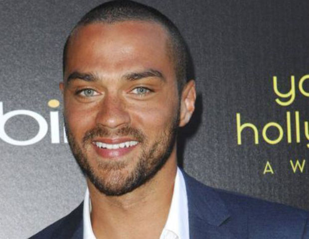 Actor Jesse Williams Sums Up His Thoughts on Sandra Bland and Racism in America in 24 Epic Tweets