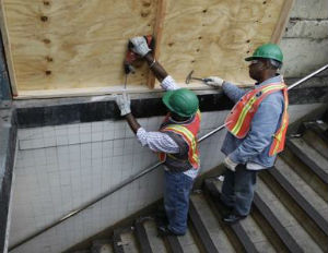 Most Workers Fixing New York Subways are Black, Latino