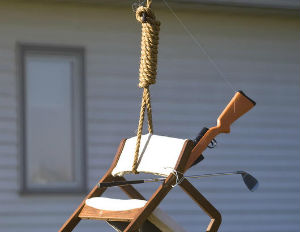 White Couple Hangs Chair in Effigy Meant to Represent Obama