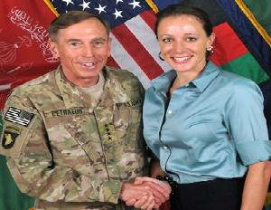 Petraeus' Mistress Sent Emails That Triggered Probe