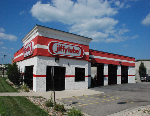 4. For the first time in more than 20 years, Jiffy Lube ran a franchisee-funded national ad campaign during several major sporting events including Major League Baseball and National Football games.   The company also converted 100 Canadian stores from other brands, which were attracted by the companies  policy of not charging a franchise fee for new service centers or for existing ones that converted to the Jiffy Lube brand.