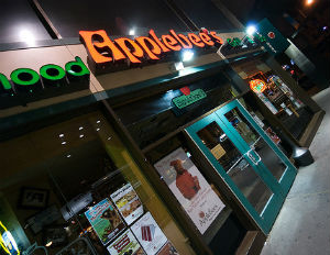 An Applebee's Goes Green in Harlem