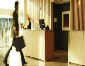 hotels_122612_575se