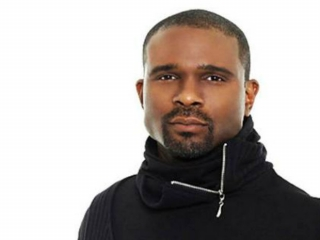 Up close and personal with Darius McCrary in February 2012.