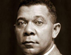 Booker_T_Washington_Cropped