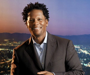 "D.L Hughley Will be ""Dancing With the Stars"" this Spring"