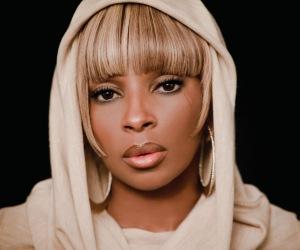 Mary-J-Blige-whitney-houston-drinking-black-enterprise