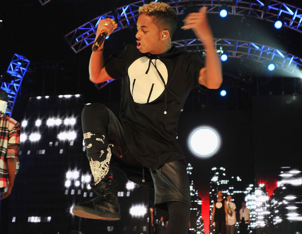 jaden smith performing rip the runway