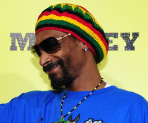 snoop lion laughing