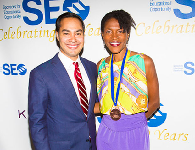 SEO awards dinner honoree Julián Castro, mayor of San Antonio, is seen here with real estate powerhouse Juny Francois.