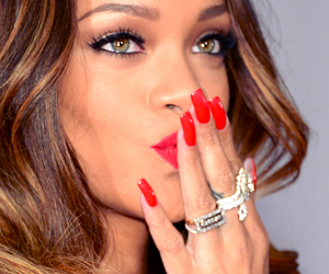 Rihanna Sues British Retailer, Topshop, for $5M