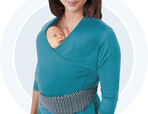 The Nuroo Pocket helps mothers facilitate skin-to-skin contact. Studies show that Skin-to-skin contact with infants can accelerate brain development, build immunity, and improve sleep for the baby and help the mother increase milk production, and reduce te risk of post partum depression. But while most new moms aren't likely to jump back into the rat race after giving birth, they still have a lot of chores to complete during maternity leave and while they prepare to return to work. But its difficult to get anything done let alone leave the house when trying to practice skin-to-skin. The Nuroo can also act as a maternity shirt or nursing top suitable even for business casual situations. The Nuroo provides full coverage, unrestricted mobility, and a custom fit even as mother's body changes and as the baby grows.